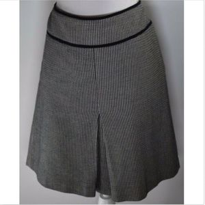 Ann Taylor Loft women's skirt size 12 a line pleat